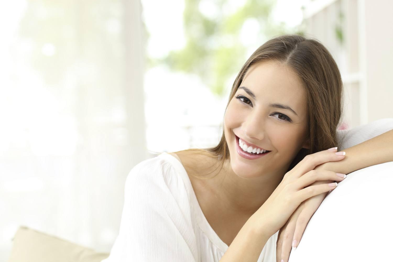 Sonrisa-bonita-gracias-al-dentista